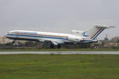 Luqa, Мальта - 10-ое ноября 2008: 727 на выпускных экзаменах Стоковое фото RF