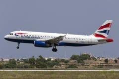 Luqa 10 Augusti 2015: Brittiska Airwaya A320 Arkivbilder