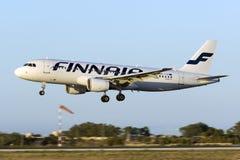 Luqa, Malta am 17. August 2015: Finnair A320 Stockbilder