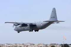 Luqa, Malta - 8 de junho de 2008: RNAF Hercules em finais Imagens de Stock