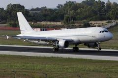 Luqa, Malta - 17 de setembro de 2015: A320 Fotos de Stock