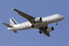 Luqa, Malta - 5 de setembro de 2015: A320 francês Foto de Stock Royalty Free