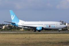 Luqa, Malta 19 giugno 2015: 737 che rullano per decollano Fotografie Stock Libere da Diritti