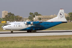Luqa, Malta, il 27 giugno 2007: Rullare An-12 Fotografie Stock Libere da Diritti