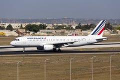 Luqa Malta, 18 Juli 2015: Air France A320 Arkivbilder