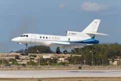 Luqa Malta, 10 Juni 2005: Dassault falk 50 Fotografering för Bildbyråer