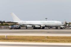 Luqa, Malta - 12. Juni 2005: Landung Il-86 Lizenzfreies Stockfoto