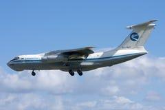 Luqa Malta, 7 mars 2008: Landning Il-76 Royaltyfria Bilder