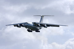 Luqa Malta, 7 mars 2008: Landning Il-76 Royaltyfria Foton