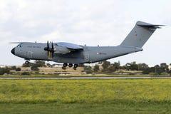 Luqa Malta - 28 November 2015: R.A.F. A400M Arkivfoton