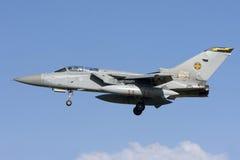 Luqa Malta 7 November 2008: RAF Tornado landning Fotografering för Bildbyråer