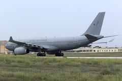 Luqa, Malta - 20 Oktober 2015: Luchtbus A330 klaar voor start Royalty-vrije Stock Foto