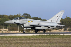 Luqa Malta - 19 Oktober 2015: RAF Typhoon Royaltyfria Bilder