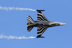Luqa, Malta - 27. September 2015: Anzeige F-16 Lizenzfreie Stockfotografie