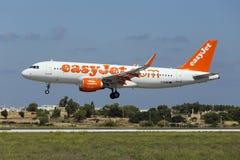 Luqa Malta - 10 September 2015: Easyjet A320 Royaltyfria Foton