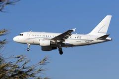Luqa, Malta - 22. September 2015: Privates A318 stockbild