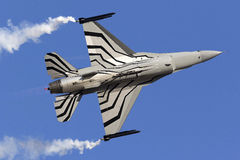 Luqa Malta - 27 September 2015: Skärm F-16 Arkivbild