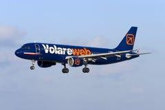 Luqa, Malta am 21. September 2005: Volareweb A320 Lizenzfreie Stockfotos