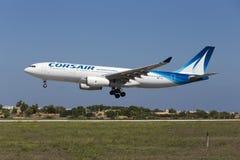 Luqa, Malta - 10 settembre 2015: Corsaro A330 Fotografie Stock Libere da Diritti