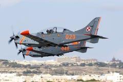 Luqa, Malta - 28 settembre 2015: Orlik decolla Fotografie Stock
