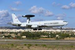 Luqa, Malta - 26 2015 Wrzesień: NATO-WSKI AWACS Zdjęcie Royalty Free