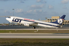 Luqa, Malta 21 2005 Wrzesień: UDZIAŁU połysk 737 Zdjęcia Royalty Free