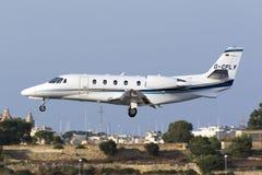 Luqa, Malte le 9 juillet 2015 : Atterrissage de citation de Cessna Photos stock