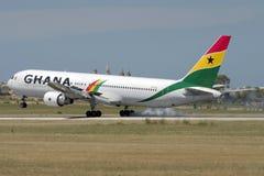 Luqa, Malte, le 20 mai 2007 : Atterrissage du Ghana 767 Photographie stock