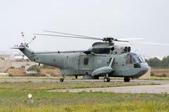 Luqa, Malte le 27 septembre 2004 : Forces navales de l'Italie Seaking Images libres de droits