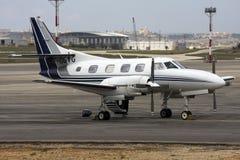 Luqa, Malte - 24 septembre 2008 : 737 décolle Photographie stock libre de droits