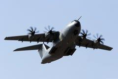 Luqa, o 5 de agosto de 2015: A400M decolam sobre Foto de Stock