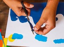Lurar konst Originell handteckning Tillverkar begrepp handgjort på träbästa sikt för tabell Arkivfoton