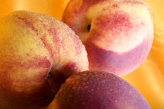 luscious персики Стоковая Фотография