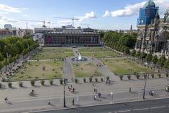 Lustgarten公园的顶视图博物馆岛的在柏林的中部 免版税库存图片