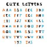 Lustige Alphabetbuchstaben Hand gezeichnete Güsse Stockbild