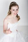 Lustige Aufstellung der schönen Braut, verschiedene Gefühle ausdrückend Schöne Braut mit Art und Weisehochzeitsfrisur Lustige Bra Lizenzfreie Stockbilder
