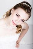 Lustige Aufstellung der schönen Braut, verschiedene Gefühle ausdrückend Schöne Braut mit Art und Weisehochzeitsfrisur Lustige Bra Stockbilder