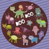 Lustige erschreckende Monster auf purpurrotem gestreiftem Hintergrundpartei-Kartendesign Vektor Stockfoto