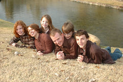 Lustige Familie von sechs Stockfotos