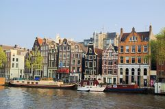 Lustige Häuser von Amsterdam Stockbild