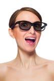 Lustige junge Frau in den schwarzen Gläsern Lizenzfreies Stockbild