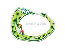 Lustige Karikatur des beißenden Eies der Schlange Lizenzfreie Stockbilder