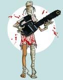 Lustige Karikaturmama mit einer Kettensäge im Blut Lizenzfreies Stockfoto