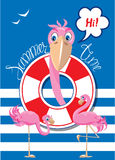 Lustige Karte mit rosa Flamingos auf Streifenhintergrund Lizenzfreie Stockbilder