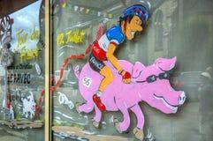 Lustige Laden- mit Schaufensterdekoration - Tour de France 2015 Lizenzfreie Stockbilder