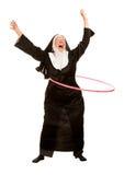Lustige Nonne in den Socken mit Spielzeug-Band Lizenzfreie Stockfotografie