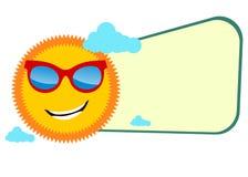 Lustige Sommerfahne mit tragenden Gläsern der Sonne Stockbilder