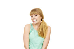 Lustige verspannte Zähne der jungen Frau zusammengepreßt Lizenzfreie Stockbilder