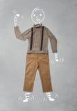 Lustige Zeichentrickfilm-Figur in der zufälligen Kleidung Lizenzfreie Stockbilder