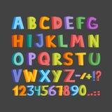 Lustiger Comics-Schrifttyp Übergeben Sie gezogenes lowcase und bunte Versalienkarikatur Buchstaben des englischen Alphabetes Auch stock abbildung